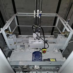Трос подвески кабины лифта